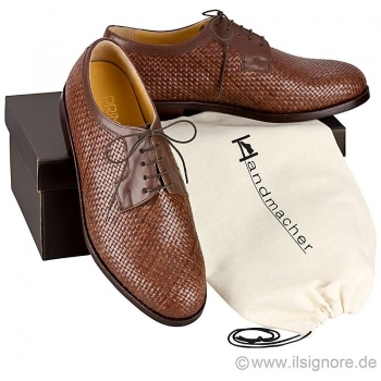 Woven leather shoes in brown calfskin