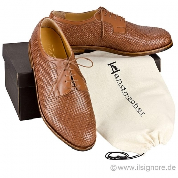 Woven leather shoes in cognac calfskin