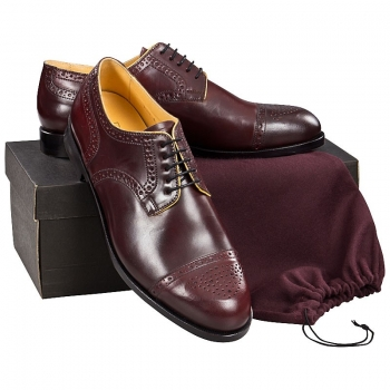 Half brogue Derby shoe in oxblood Horween Shell Cordovan