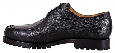 Black Norwegian shoes in scotch grain leather