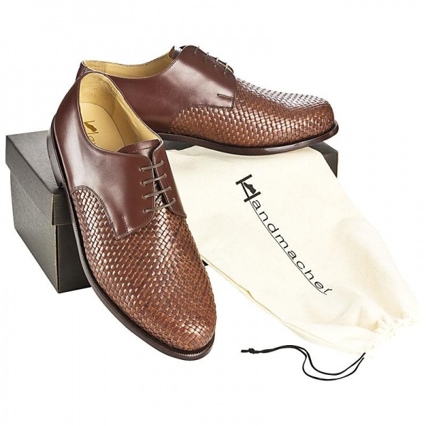 Woven leather shoes