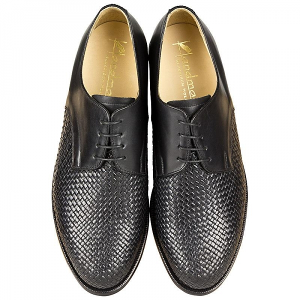 Handmacher woven leather shoes
